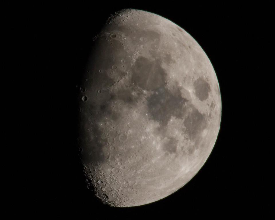 IMAGE: https://dougmoon.smugmug.com/LandscapesNature/i-2QX25T8/0/XL/Moon%20processed-5342-2-XL.jpg